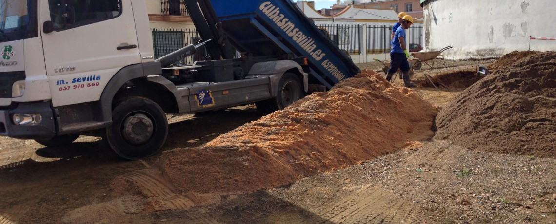 Cubas m sevilla transporte contenedores de reciclajes jardiner a construccci n derribos de - Materiales de construccion sevilla ...